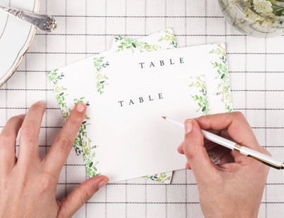 How to make your DIY wedding table plan