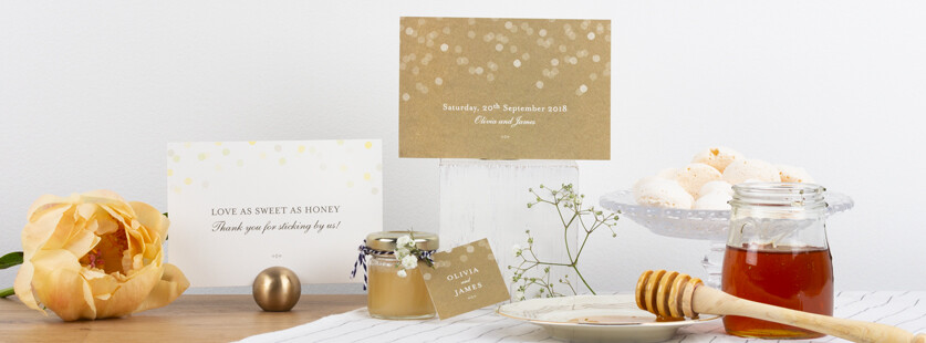 Wedding favour honey