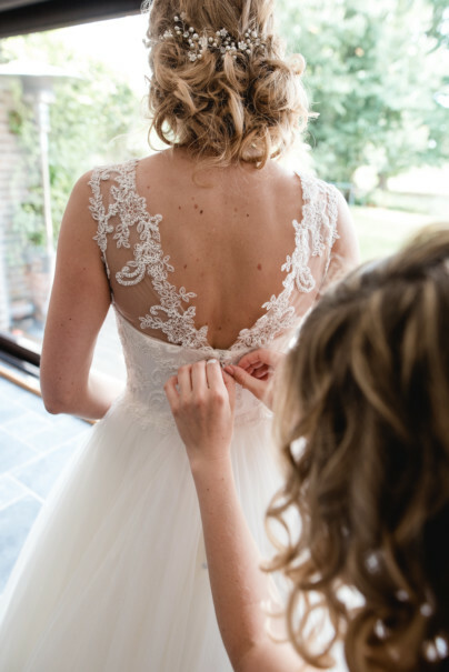wedding dress photos top tips